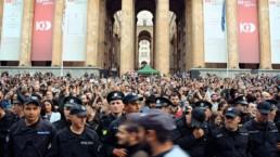 Scene City - Manifestation à Tbilisi © Vanupie